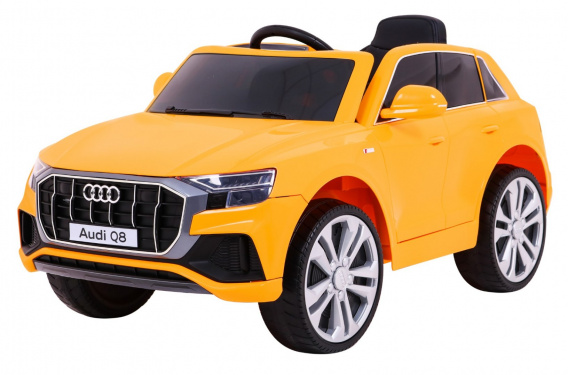 Vehicle Audi Q8 LIFT Yellow